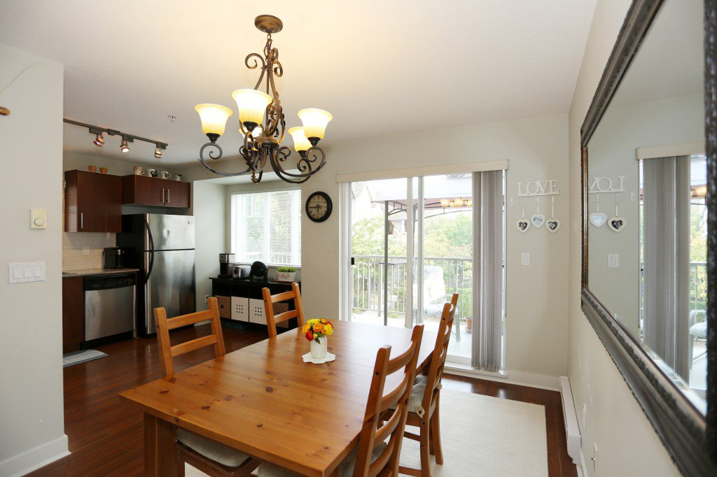 """Photo 8: Photos: 56 20038 70 Avenue in Langley: Willoughby Heights Townhouse for sale in """"DAYBREAK"""" : MLS®# R2195440"""