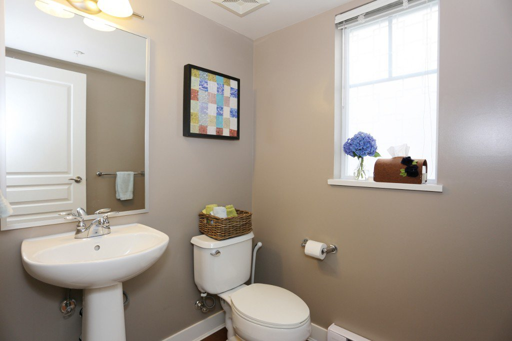 """Photo 12: Photos: 56 20038 70 Avenue in Langley: Willoughby Heights Townhouse for sale in """"DAYBREAK"""" : MLS®# R2195440"""