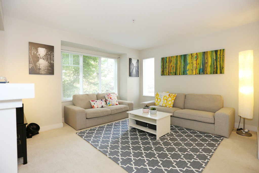 """Photo 15: Photos: 56 20038 70 Avenue in Langley: Willoughby Heights Townhouse for sale in """"DAYBREAK"""" : MLS®# R2195440"""