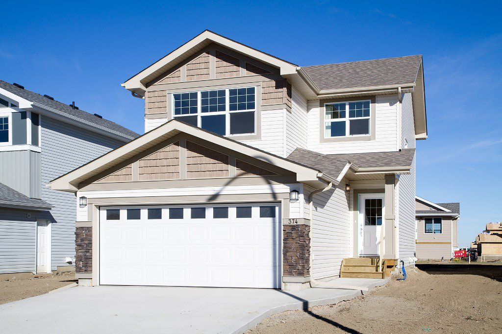 Main Photo: 374 Childers Crescent in Saskatoon: Kensington Residential for sale : MLS®# SK708466