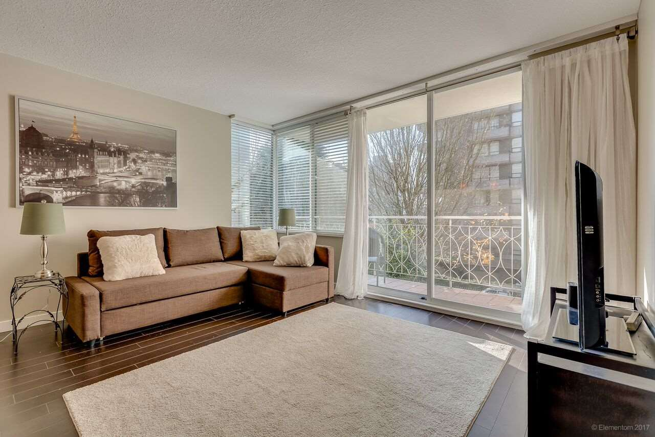 "Main Photo: 201 1219 HARWOOD Street in Vancouver: West End VW Condo for sale in ""CHELSEA"" (Vancouver West)  : MLS®# R2220166"