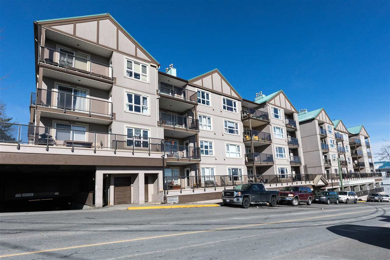 "Main Photo: 203 33165 2ND Avenue in Mission: Mission BC Condo for sale in ""Mission Manor"" : MLS®# R2240776"
