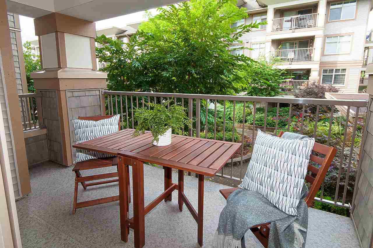 "Photo 11: Photos: 205 12248 224 Street in Maple Ridge: East Central Condo for sale in ""URBANO"" : MLS®# R2305134"