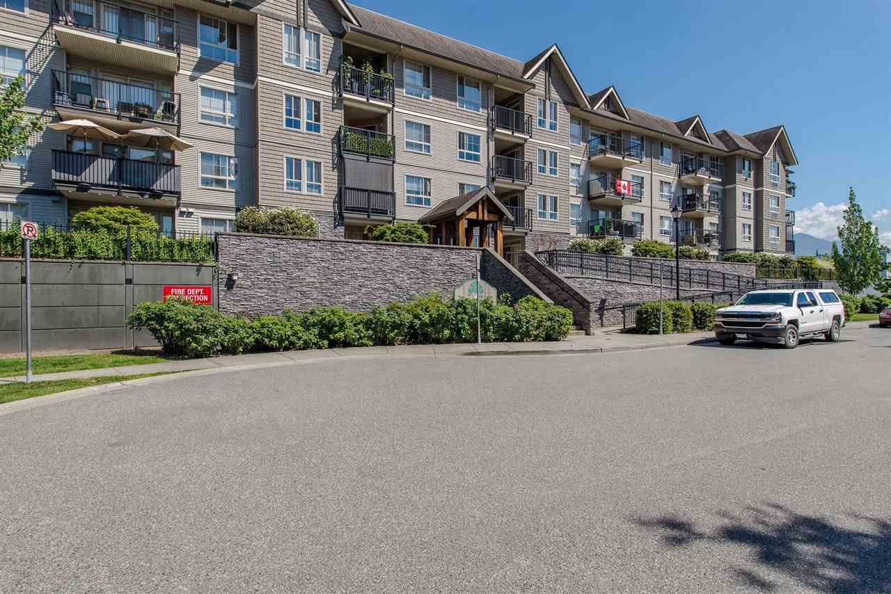 "Main Photo: 108 9000 BIRCH Street in Chilliwack: Chilliwack W Young-Well Condo for sale in ""Birch Street Properties"" : MLS®# R2342581"