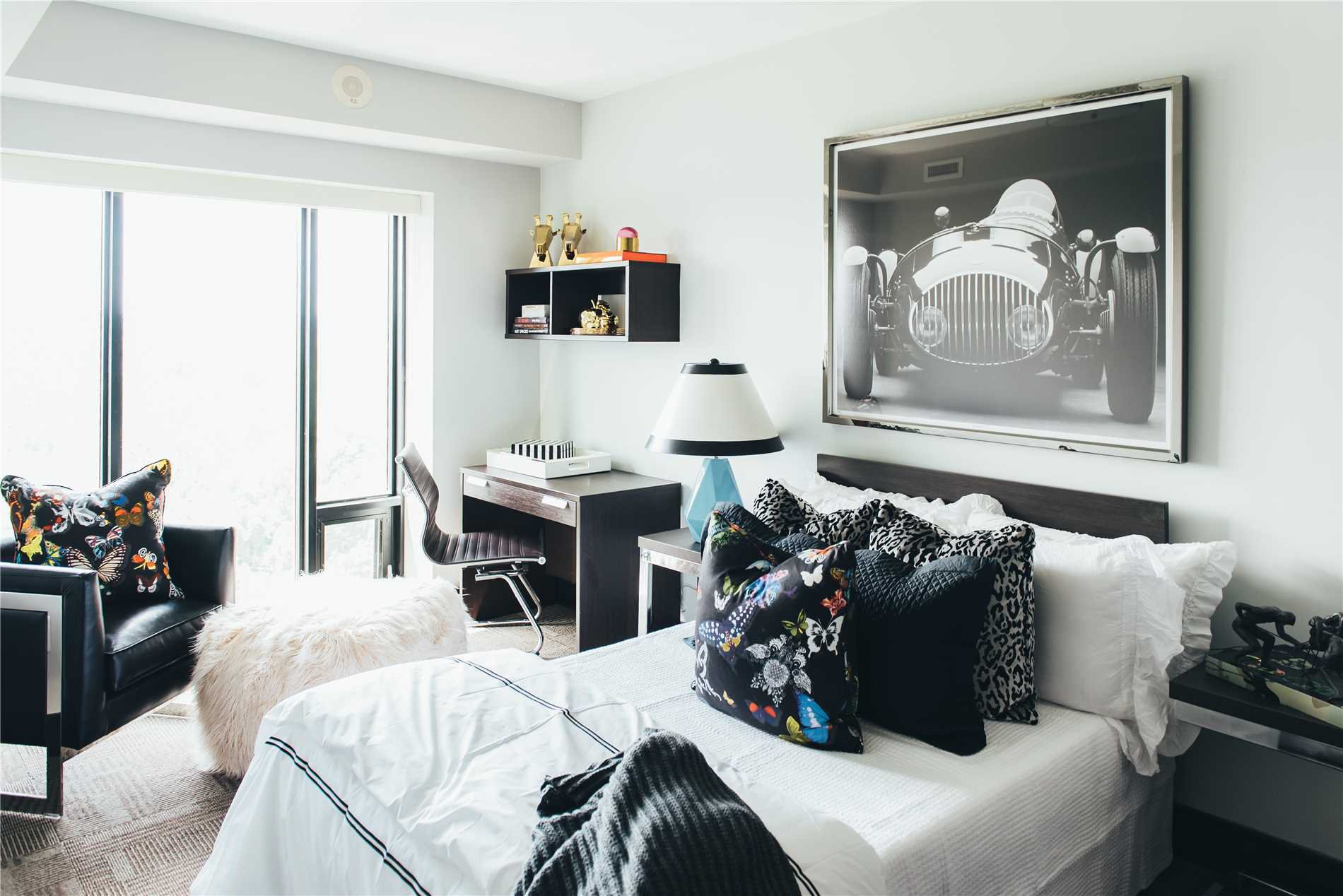 Photo 2: Photos: 1803 1235 Richmond Street in London: Condo for sale : MLS®# X4451631