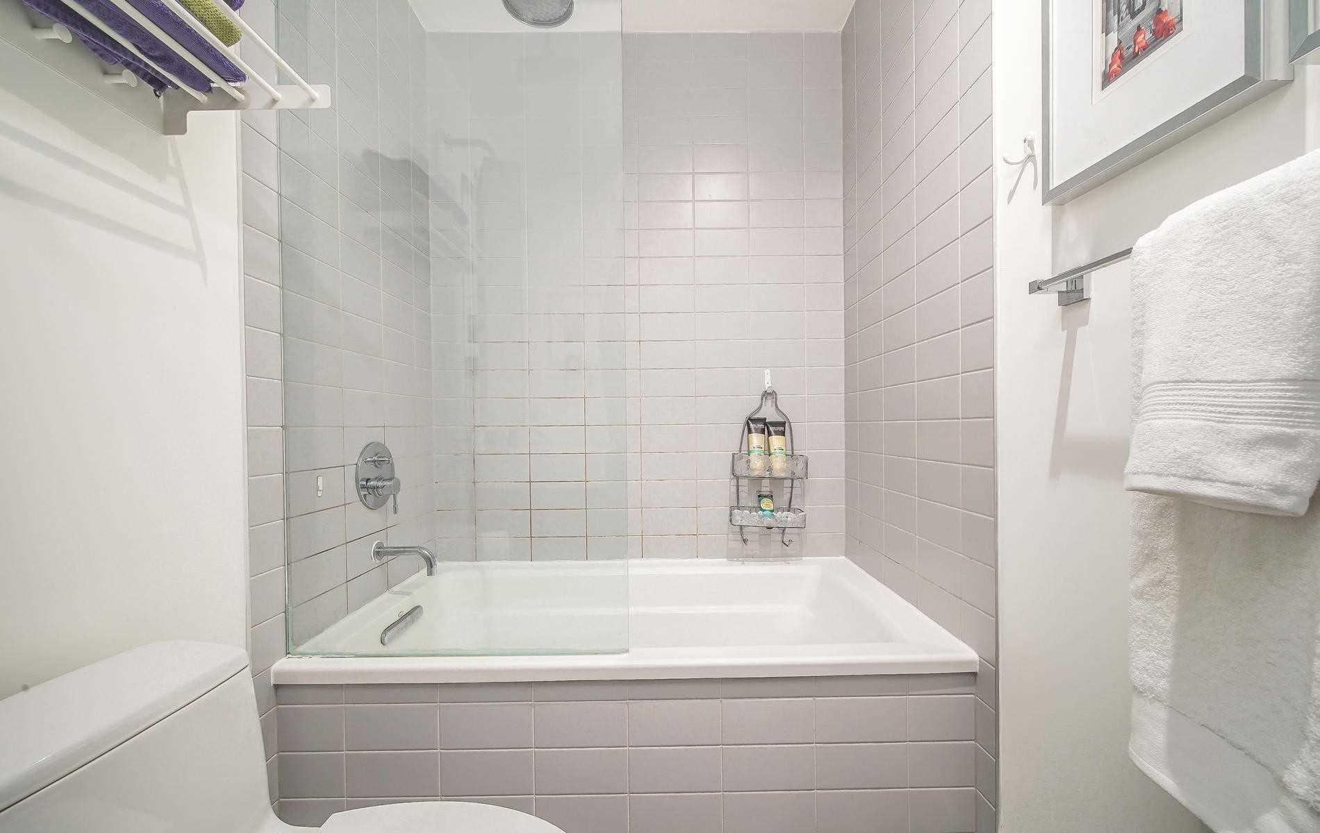 Photo 16: Photos: 408 90 Broadview Avenue in Toronto: South Riverdale Condo for sale (Toronto E01)  : MLS®# E4482454
