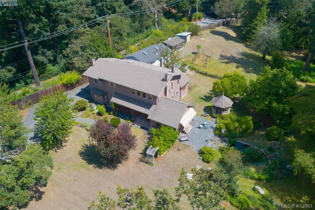 Main Photo: 4221 Glendenning Rd in VICTORIA: SE Blenkinsop Single Family Detached for sale (Saanich East)  : MLS®# 821064