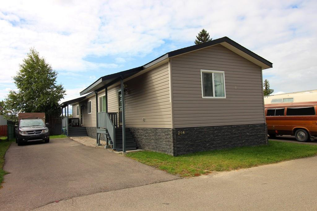 Main Photo: 264 6220 17 Avenue SE in Calgary: Red Carpet Detached for sale : MLS®# C4269828