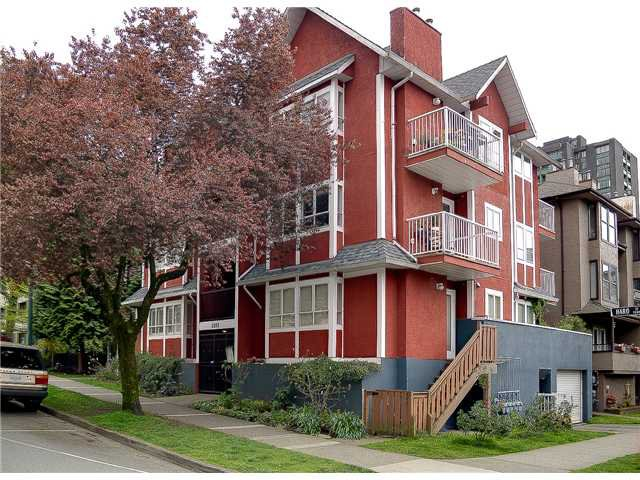 Main Photo: 101 1388 HARO ST, West End VW, Vancouver West, BC, V6E 1G2 in Vancouver West: West End VW Residential Attached for sale : MLS®# V944161