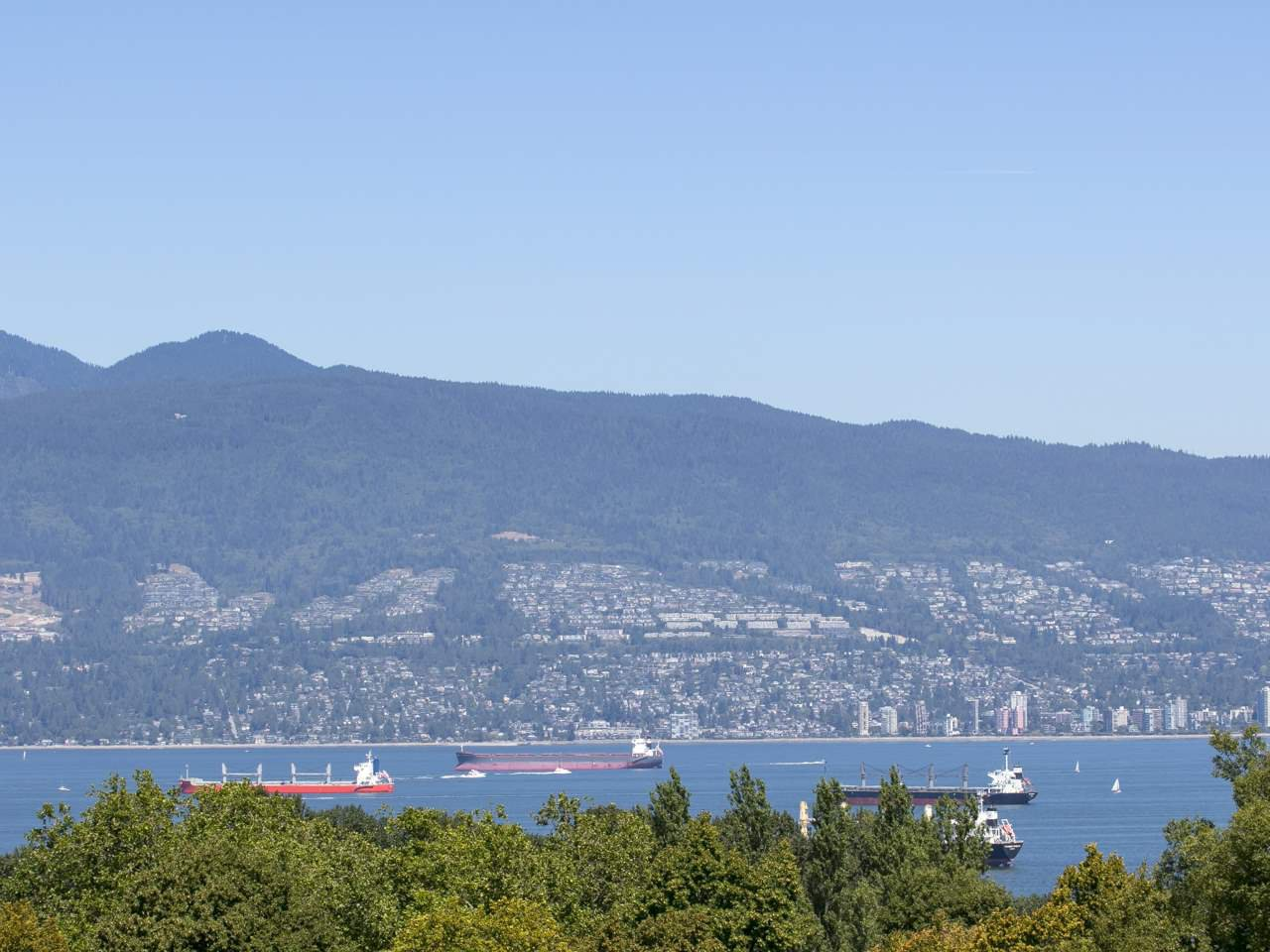 Main Photo: 4070 W 10TH AVENUE in : Point Grey House for sale : MLS®# R2003148