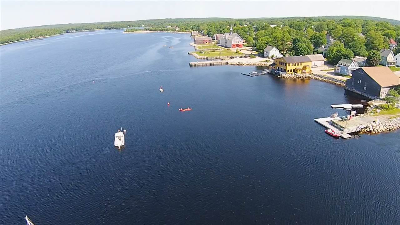 Photo 10: Photos: 1 Dock Street in Shelburne: 407-Shelburne County Commercial  (South Shore)  : MLS®# 202022424
