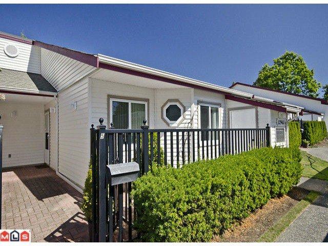 "Main Photo: 5 12943 16TH Avenue in Surrey: Crescent Bch Ocean Pk. Townhouse for sale in ""Ocean Park Village"" (South Surrey White Rock)  : MLS®# F1121397"