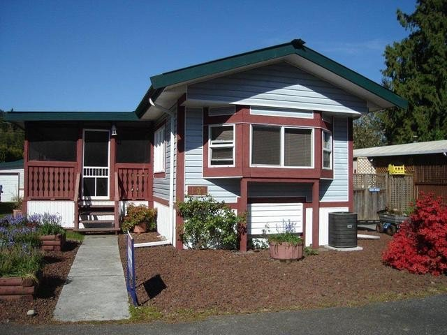 """Main Photo: 101 10221 WILSON Road in Mission: Stave Falls Manufactured Home for sale in """"TRIPLE CREEK ESTATES"""" : MLS®# F1403089"""