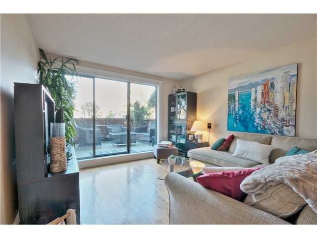"Main Photo: 112 588 E 5TH Avenue in Vancouver: Mount Pleasant VE Condo for sale in ""MCGREGOR HOUSE"" (Vancouver East)  : MLS®# V1052687"