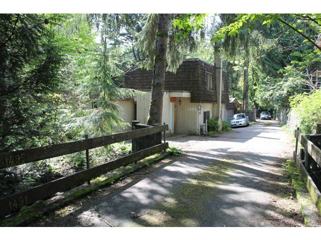 Main Photo: 1495 ROSS Road in North Vancouver: Westlynn House for sale : MLS®# V1071739