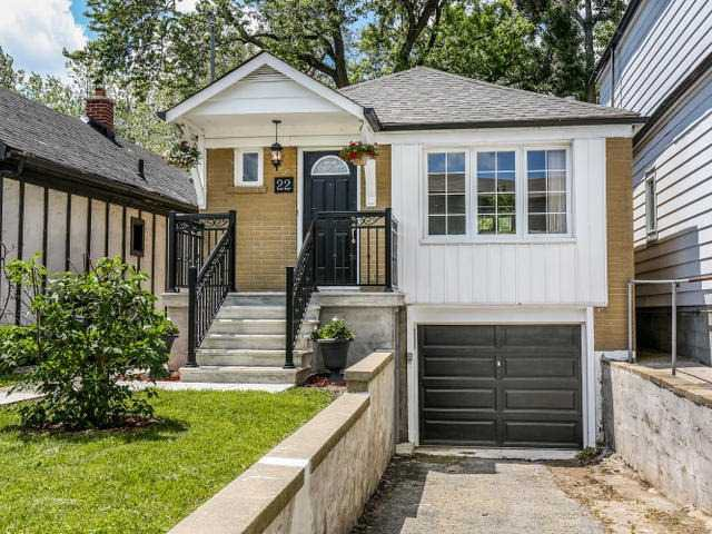 Main Photo: Photos: 22 Preston Street in Toronto: Birchcliffe-Cliffside House (Bungalow) for sale (Toronto E06)  : MLS®# E3236263