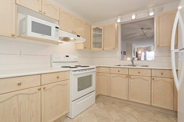 "Photo 9: Photos: 112 4955 RIVER Road in Delta: Neilsen Grove Condo for sale in ""SHOREWALK"" (Ladner)  : MLS®# R2047368"