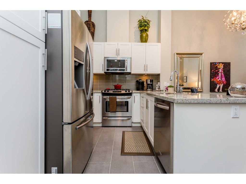 """Photo 3: Photos: 401 23255 BILLY BROWN Road in Langley: Fort Langley Condo for sale in """"The Village at Bedford Landing"""" : MLS®# R2084630"""
