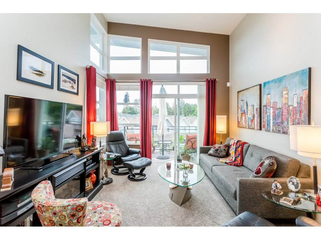 """Photo 7: Photos: 401 23255 BILLY BROWN Road in Langley: Fort Langley Condo for sale in """"The Village at Bedford Landing"""" : MLS®# R2084630"""