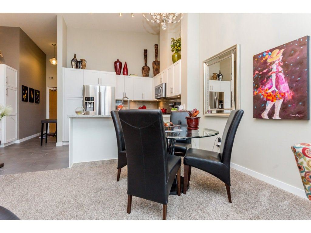 """Photo 6: Photos: 401 23255 BILLY BROWN Road in Langley: Fort Langley Condo for sale in """"The Village at Bedford Landing"""" : MLS®# R2084630"""