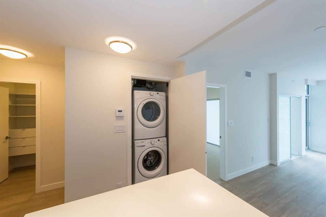 """Photo 10: Photos: 1611 111 E 1ST Avenue in Vancouver: Mount Pleasant VE Condo for sale in """"BLOCK 100"""" (Vancouver East)  : MLS®# R2106776"""