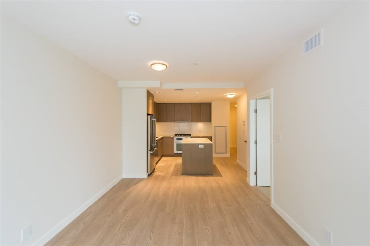 """Photo 6: Photos: 1611 111 E 1ST Avenue in Vancouver: Mount Pleasant VE Condo for sale in """"BLOCK 100"""" (Vancouver East)  : MLS®# R2106776"""