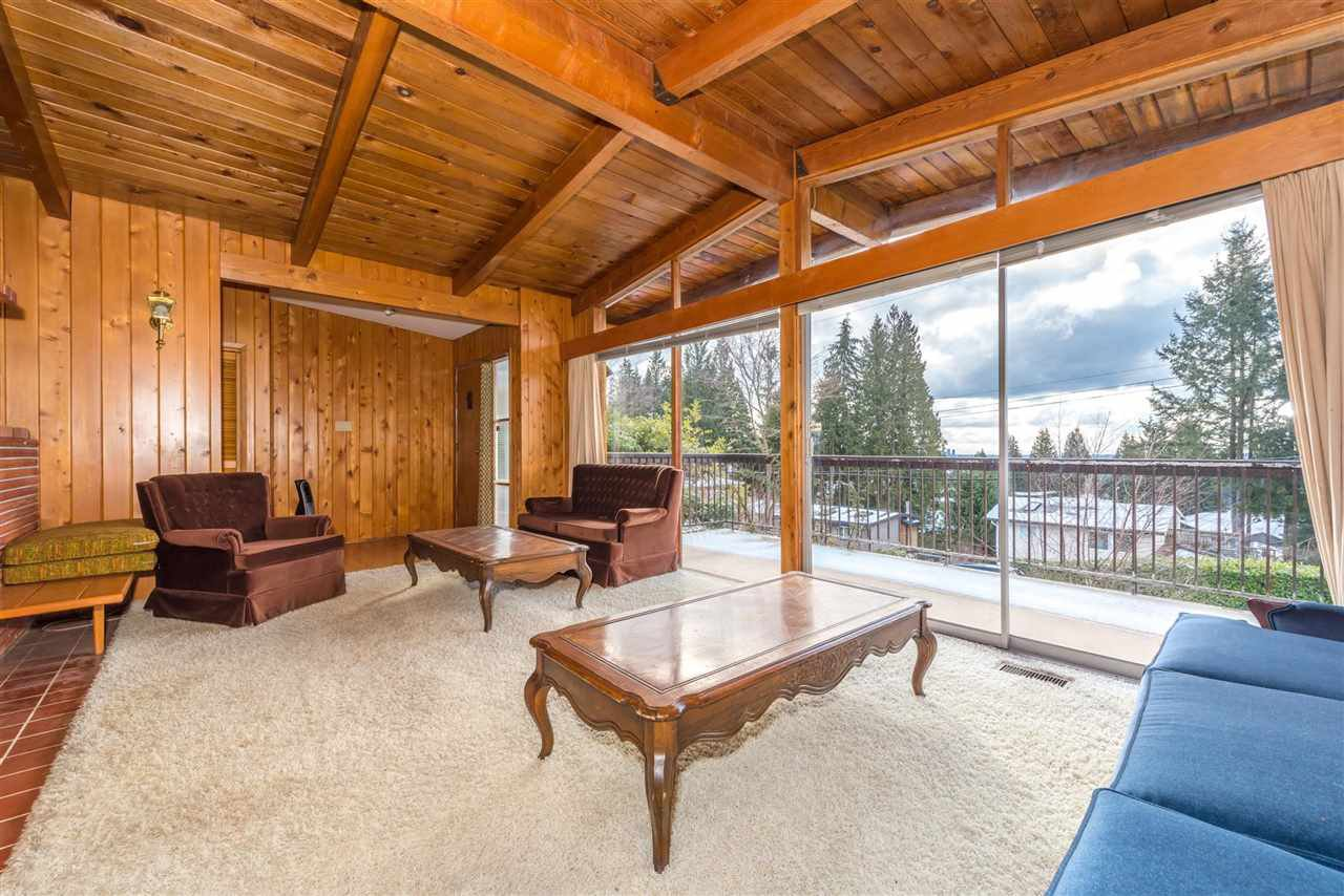 Photo 6: Photos: 734 CRYSTAL Court in North Vancouver: Canyon Heights NV House for sale : MLS®# R2141771