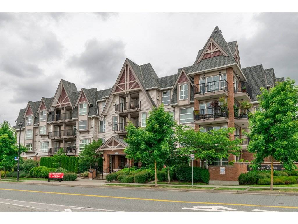 "Main Photo: 218 17769 57 Avenue in Surrey: Cloverdale BC Condo for sale in ""Clover Downs Estates"" (Cloverdale)  : MLS®# R2177981"