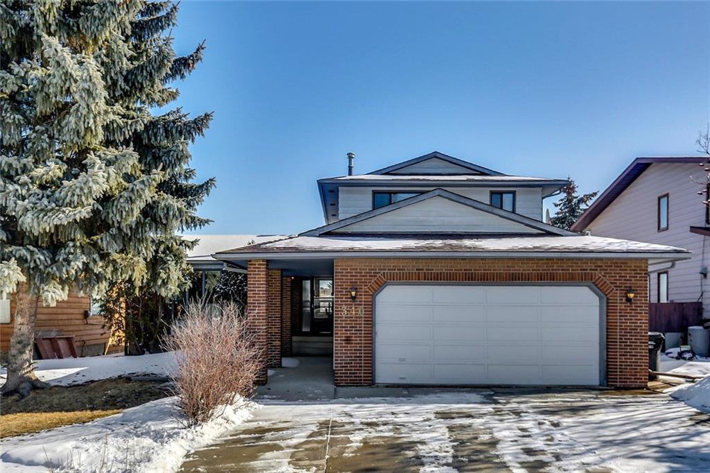 Main Photo: 340 BERKSHIRE Place NW in Calgary: Beddington Heights House for sale : MLS®# C4176972