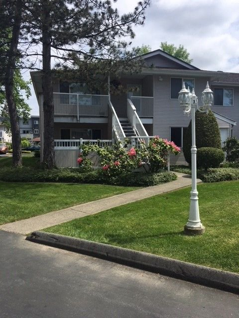 Main Photo: 202 13947 72 Avenue in Surrey: East Newton Townhouse for sale : MLS®# R2267950