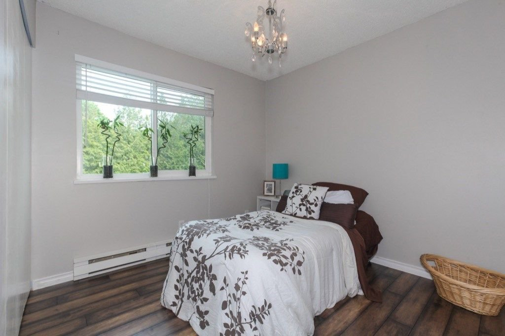 """Photo 16: Photos: 101 5906 176A Street in Surrey: Cloverdale BC Condo for sale in """"Wydham estates"""" (Cloverdale)  : MLS®# R2286644"""
