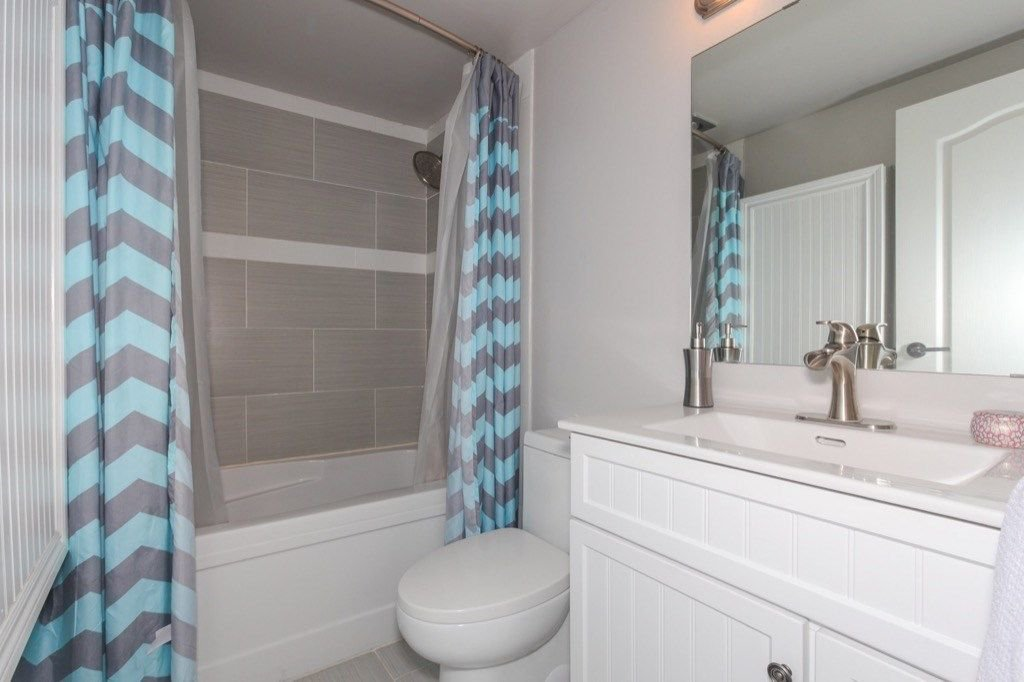 """Photo 17: Photos: 101 5906 176A Street in Surrey: Cloverdale BC Condo for sale in """"Wydham estates"""" (Cloverdale)  : MLS®# R2286644"""