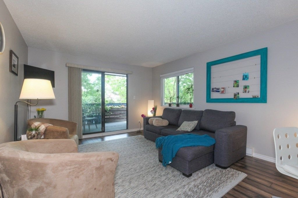 """Photo 4: Photos: 101 5906 176A Street in Surrey: Cloverdale BC Condo for sale in """"Wydham estates"""" (Cloverdale)  : MLS®# R2286644"""