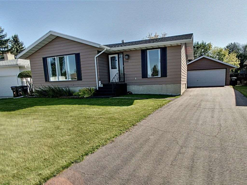Main Photo: 5101 59 Street: Redwater House for sale : MLS®# E4185650