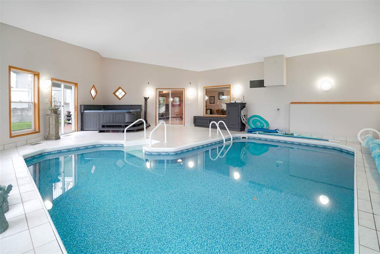 Main Photo: 26 52304 RGE RD 233: Rural Strathcona County House for sale : MLS®# E4197896