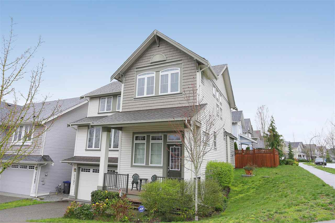 Main Photo: 17797 70 AVENUE in : Cloverdale BC House for sale : MLS®# R2049799