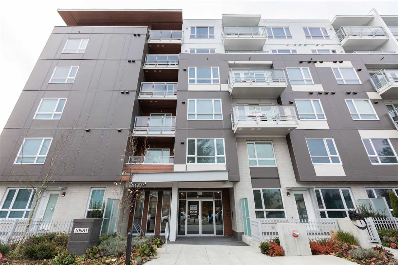 "Main Photo: 513 10581 140 Street in Surrey: Whalley Condo for sale in ""HQ-Thrive"" (North Surrey)  : MLS®# R2520744"