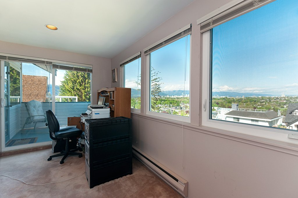 Photo 18: Photos: 3529 BLENHEIM Street in Vancouver: Dunbar House for sale (Vancouver West)  : MLS®# V891326