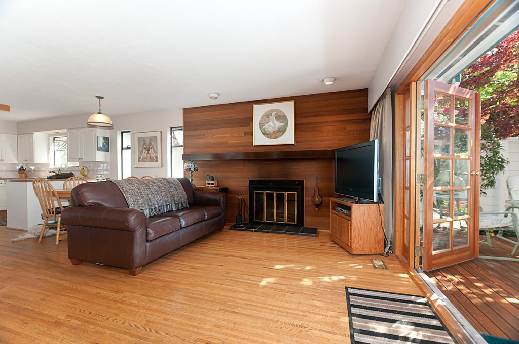 Photo 11: Photos: 3529 BLENHEIM Street in Vancouver: Dunbar House for sale (Vancouver West)  : MLS®# V891326