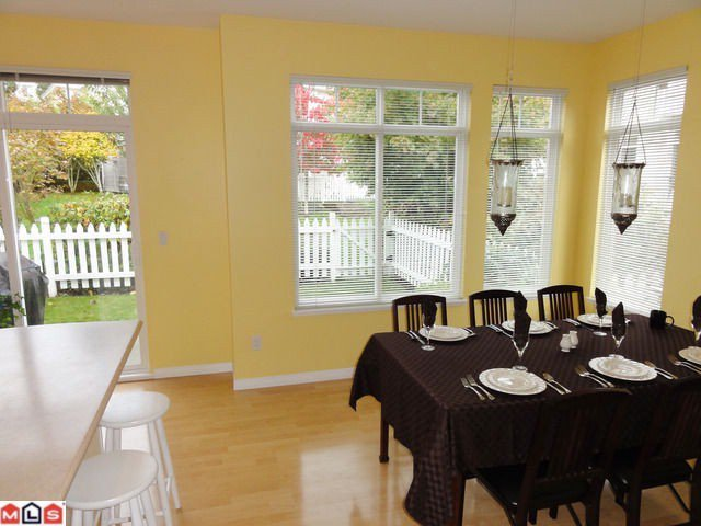 """Photo 5: Photos: 42 15030 58TH Avenue in Surrey: Sullivan Station Townhouse for sale in """"Summerleaf"""" : MLS®# F1128237"""