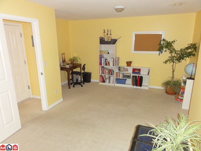 """Photo 11: Photos: 42 15030 58TH Avenue in Surrey: Sullivan Station Townhouse for sale in """"Summerleaf"""" : MLS®# F1128237"""