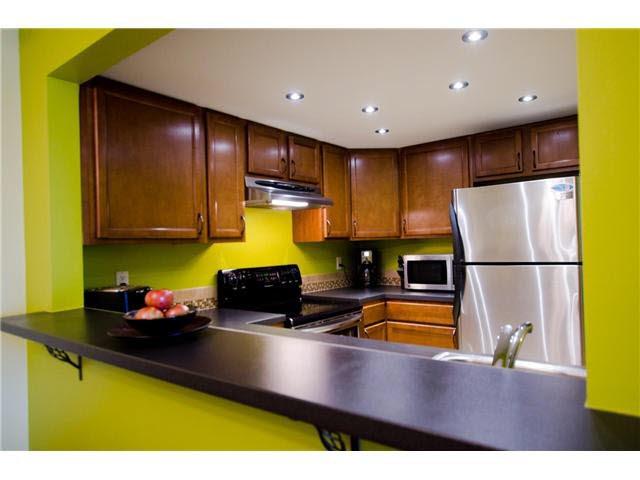 "Photo 8: Photos: 263 1440 GARDEN Place in Tsawwassen: Cliff Drive Condo for sale in ""GARDEN PLACE"" : MLS®# V1091294"