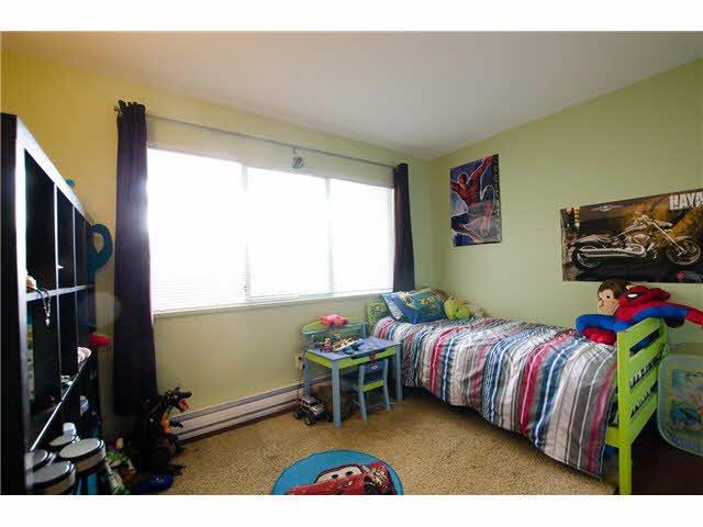 "Photo 11: Photos: 263 1440 GARDEN Place in Tsawwassen: Cliff Drive Condo for sale in ""GARDEN PLACE"" : MLS®# V1091294"