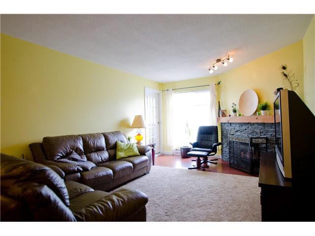 "Photo 4: Photos: 263 1440 GARDEN Place in Tsawwassen: Cliff Drive Condo for sale in ""GARDEN PLACE"" : MLS®# V1091294"
