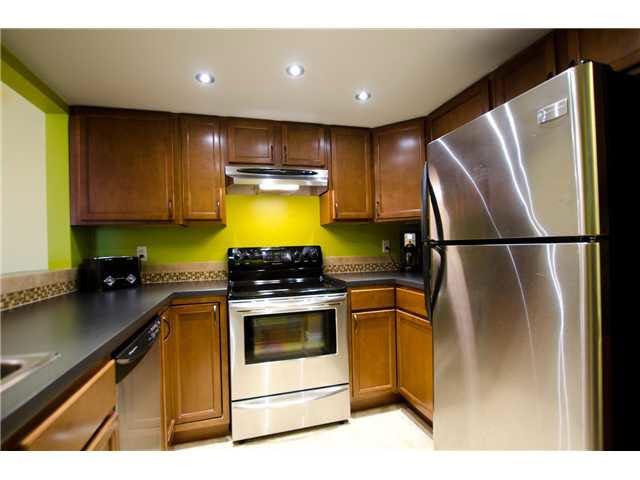 "Photo 10: Photos: 263 1440 GARDEN Place in Tsawwassen: Cliff Drive Condo for sale in ""GARDEN PLACE"" : MLS®# V1091294"