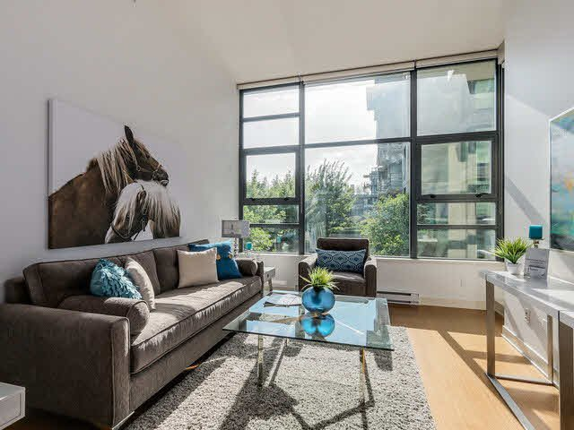 """Main Photo: 202 2851 HEATHER Street in Vancouver: Fairview VW Condo for sale in """"TAPESTRY"""" (Vancouver West)  : MLS®# V1124592"""