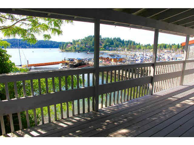 Main Photo: 418 MARINE Drive in Gibsons: Gibsons & Area House for sale (Sunshine Coast)  : MLS®# V1136706