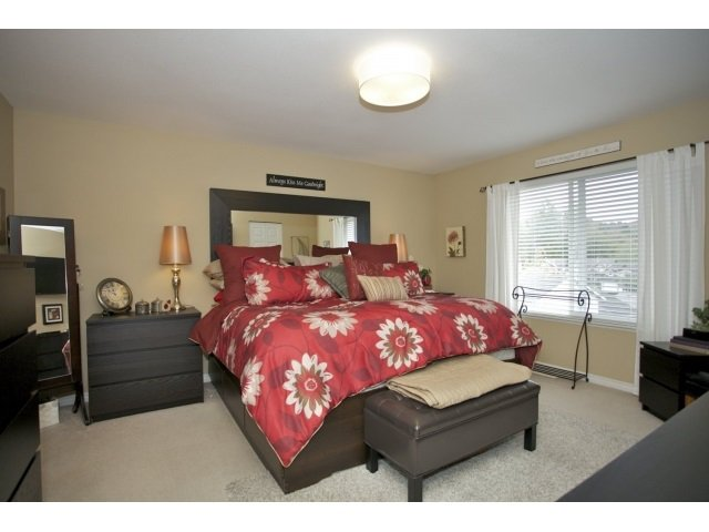 Photo 10: Photos: 35560 CATHEDRAL Court in Abbotsford: Abbotsford East House for sale : MLS®# R2034133