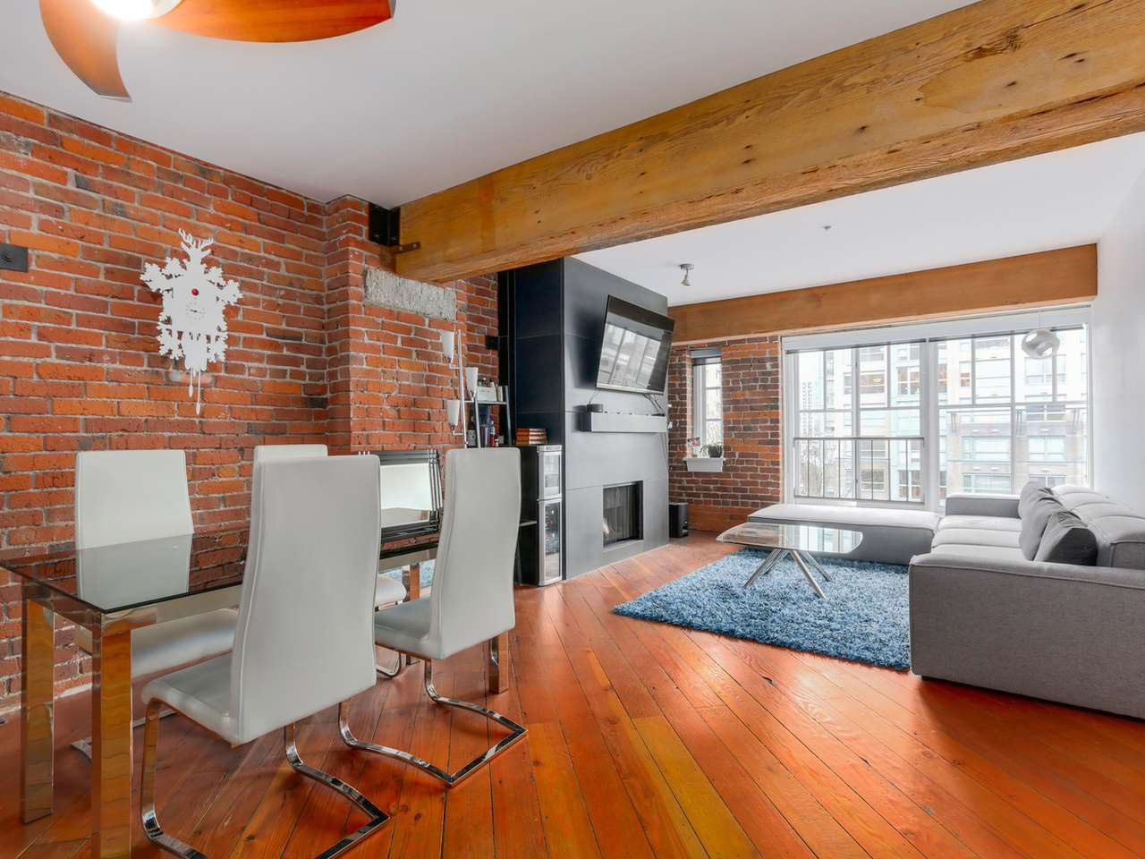 "Main Photo: 410 1178 HAMILTON Street in Vancouver: Yaletown Condo for sale in ""THE HAMILTON"" (Vancouver West)  : MLS®# R2040939"