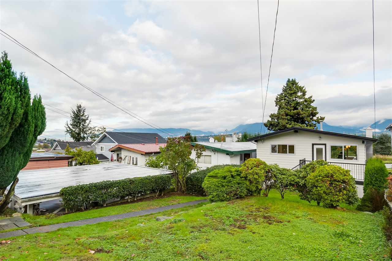 Photo 20: Photos: 3490 CAMBRIDGE Street in Vancouver: Hastings East House for sale (Vancouver East)  : MLS®# R2066449